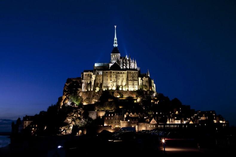 Le Mont Saint Michel de nuit
