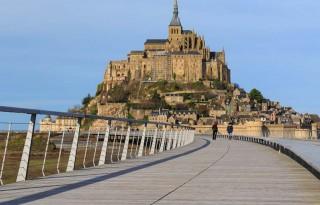 Pont-passerelle Mont-Saint-Michel